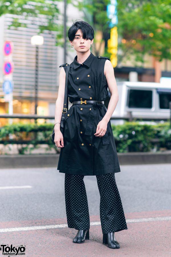 All Black Menswear in Harajuku w/ Blunt Bob, Hoop Earrings, Calvin Klein Sleeveless Coat, Vintage Polka Dot Pants, Leather Shoulder Bag & Tabi Boots