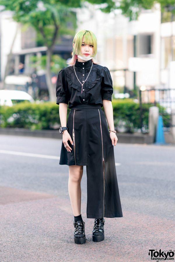 Japanese Idol's All Black Jamie ANK Street Style w/ Two-Tone Hair, Face Mask, Ruffle Blouse, Asymmetrical Skirt & Bubbles Tokyo Sandals