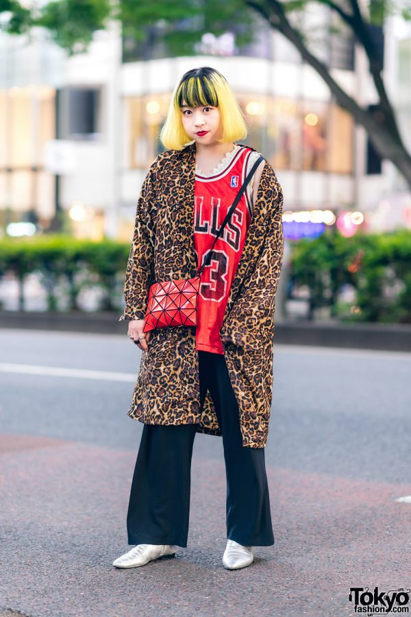 Eclectic Streetwear Look in Tokyo w/ Two-Tone Fringed Bob, Leopard Print Robe, Chicago Bulls Jersey, Bao Bao Issey Miyake Sling & Zara Pointy Boots