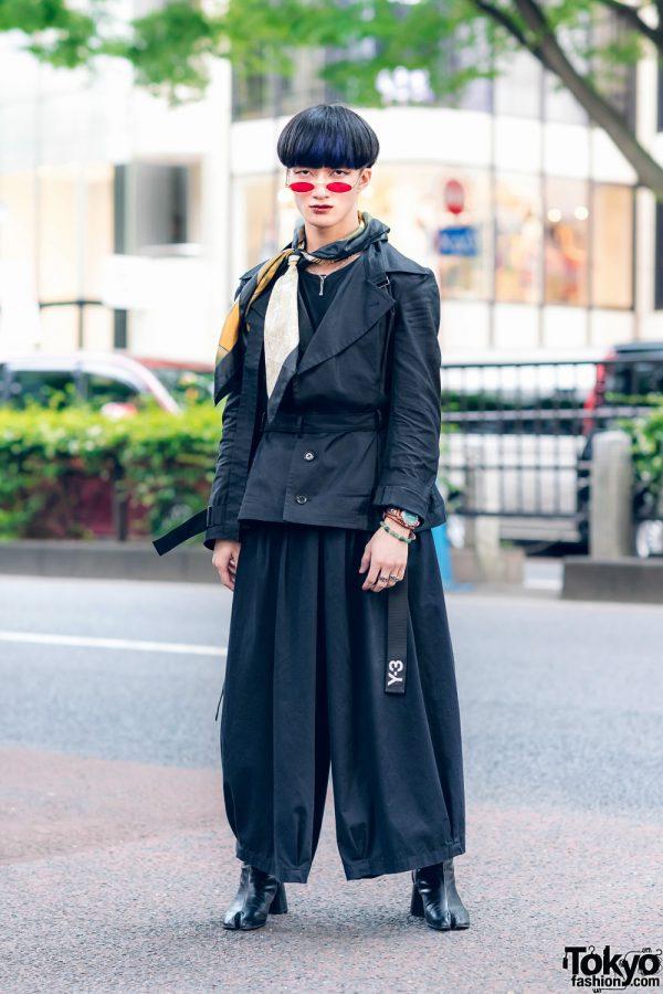 All Black Menswear Street Style w/ Blunt Bob, Red Sunglasses, Y's Red Label Belted Jacket, Zara, Notch Wide Leg Pants, Florida, Y-3, SAAD Silver & Bella By Bella Tabi Boots