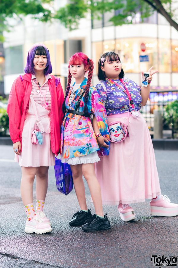 Kawaii Harajuku Street Styles w/ Colorful Hair, PUNYUS, Kobinai, ACDC Rag Powerpuff Girls, Uchu Hyakka, Disney Princess Backpack & Platform Sneakers