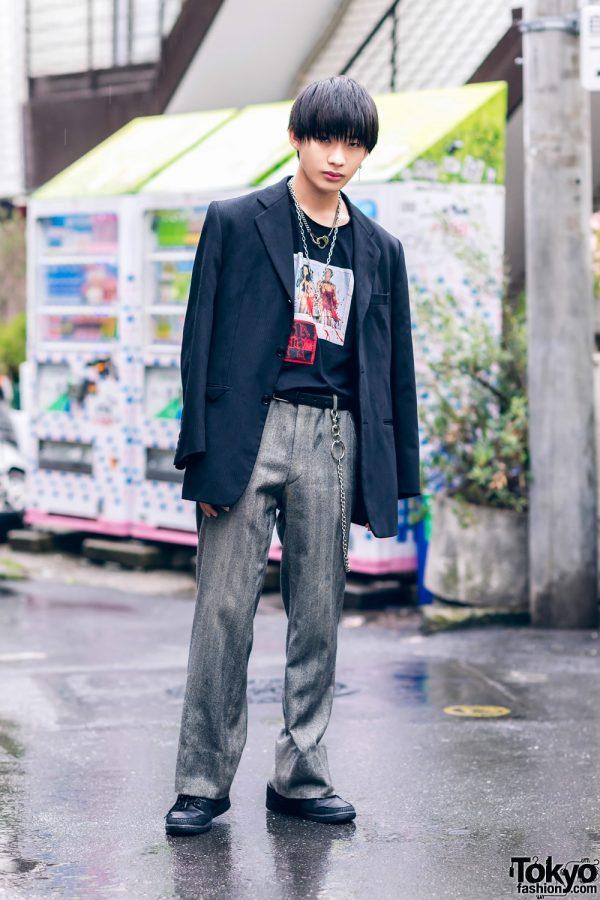 Tokyo Vintage Menswear Street Style w/ Pinstripe Blazer, Graphic Shirt, Dress Pants & Sneakers