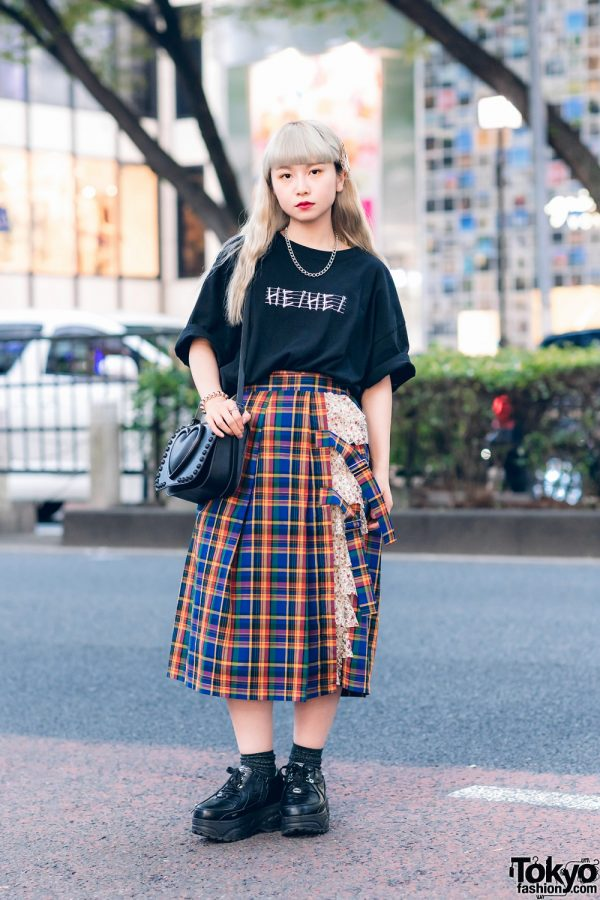 HEIHEI Harajuku Streetwear Style w/ Logo T-Shirt, Layered Plaid Skirt, Tokyo Bopper Bag & Yosuke Platforms