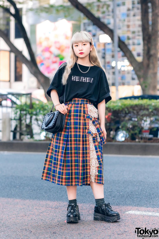 Heihei Harajuku Streetwear Style W Logo T Shirt Layered Plaid Skirt Tokyo Bopper Bag Yosuke Platforms