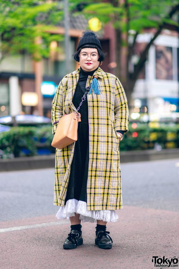 Japanese Stylist w/ Plaid Coat, Custom Made Dress, Banzai, Marc Jacobs & Gucci Harajuku Street Fashion