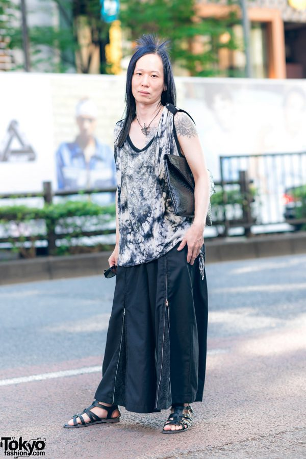 Harajuku Street Style w/ Monochrome Fashion, Tattoos, Crocodile Leather Pouch, Ozzon Japan & Civarize