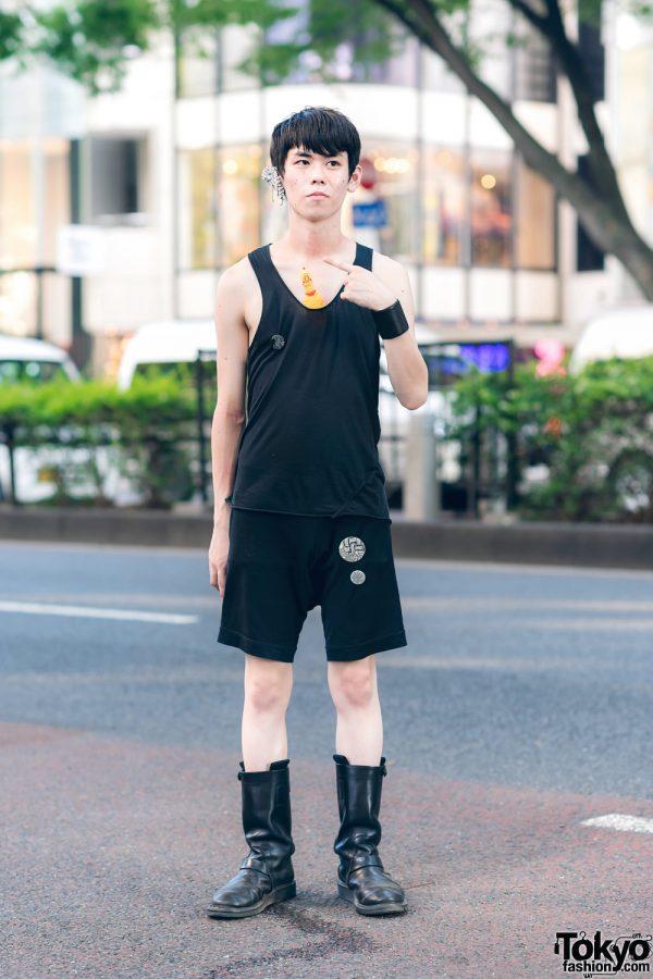 Japanese Stylist in All Black Minimalist Streetwear Style w/ Lost & Found, Christopher Nemeth, Rick Owens, Maison Margiela & Ann Demeulemeester