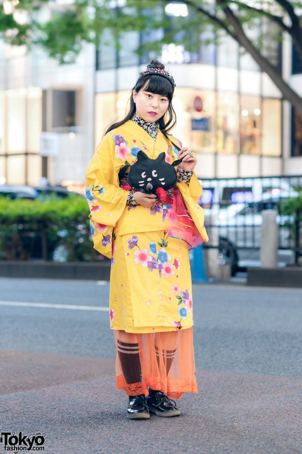 Harajuku Kimono Style w/ Beaded Headband, lilLilly Floral Lace Top, Kinji Sheer Skirt, Cat  Bag & Ne-Net Shoes