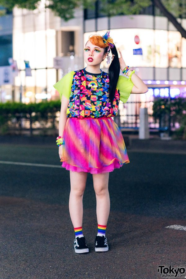Kawaii w/ Neon Colors Streetwear Style in Harajuku w/ Feather Eyelashes, Blonde Bangs, 6%DokiDoki, Tulle Skirt, Claire's Decora Bracelets & Vans Sneakers