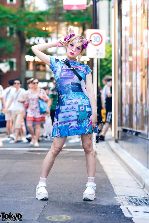 Harajuku Monster Girl w/ HOROSCOPEZ Vaporwave Dress, Gallerie Tokyo Mesh Bag & Platform Glitter Sandals