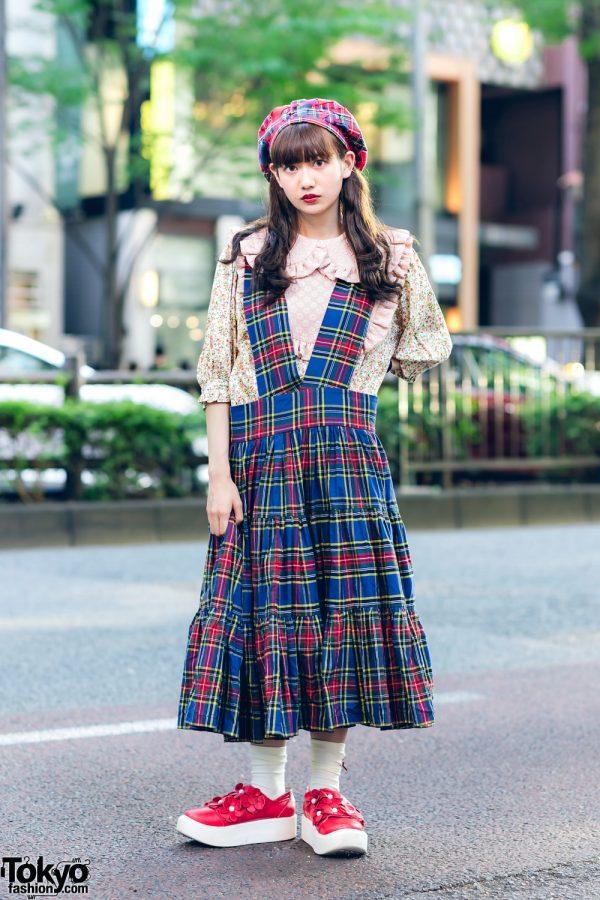 HEIHEI Plaid Street Fashion w/ Beret, Floral Print Top, Pinafore Dress & Tokyo Bopper Shoes