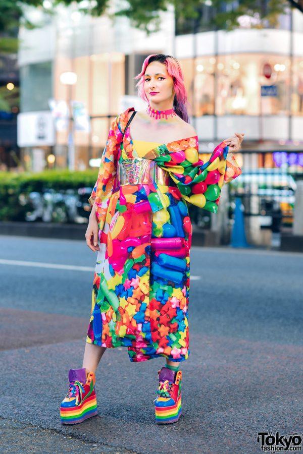 ACDC Rag Pop Candy Kimono in Harajuku w/ Handmade Dripping Paint Choker, Thank You Mart Furry Tote & YRU Rainbow Platforms