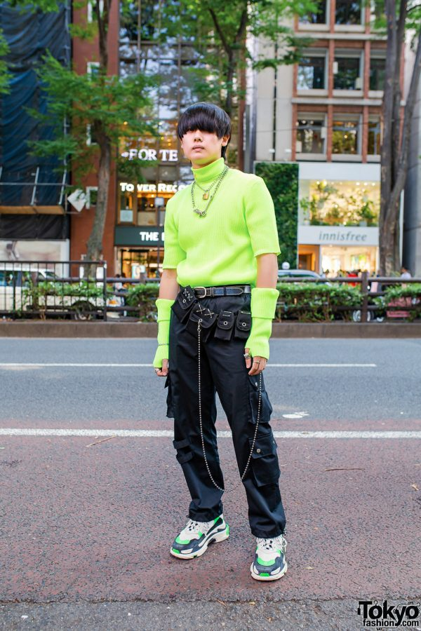 Tokyo Neon Green Streetwear Style w/ ASOS Turtleneck, OY Pants, Cozymost Waist Bag & Balenciaga Sneakers
