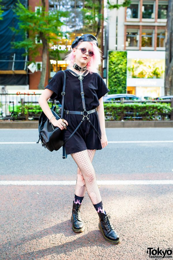 Pink Hair & All Black Street Style in Harajuku w/ Pull & Bear, Dr. Martens, Raspberry Mazohyst, (Me) &a Kobinai