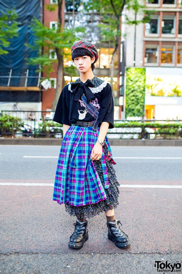 HEIHEI Staffer's Plaid & Floral Prints Style in Tokyo w/ Beret, Tiered Skirt w/ Panel, Bow Collar, Christopher Nemeth Denim Bag & New Rock Sneakers