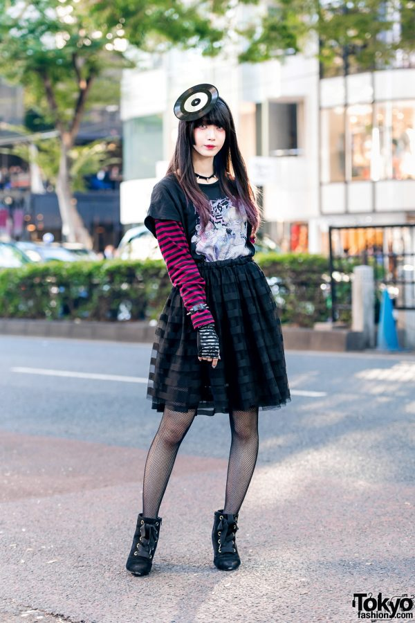 Sinz Harajuku Street Style w/ Vinyl Record Headpiece, Hyper Core Shirt, Tulle Skirt & Pointy Suede Booties