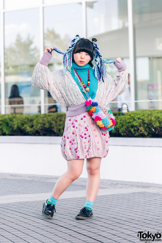 Bunka Fashion College Kawaii Street Style w/ Turquoise Turtleneck, Dotted Top, Printed Skirt & Multicolored Yarn