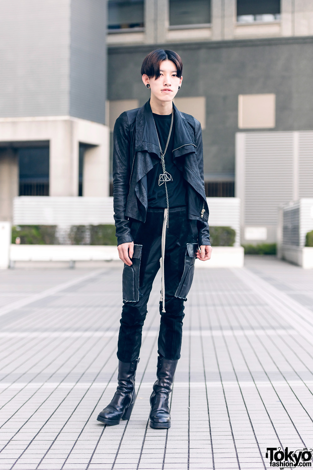 All Black Rick Owens Street Fashion w/ Skinny Pants, Platform Boots & Chains