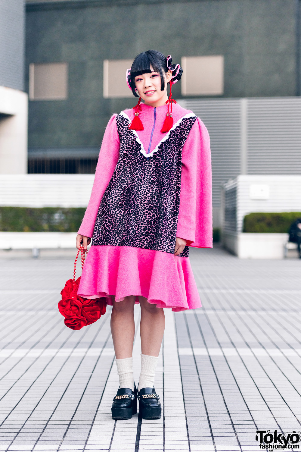 Bunka Fashion College Handmade & Vintage Street Fashion w/ Leopard Print Dress & Flower Bag