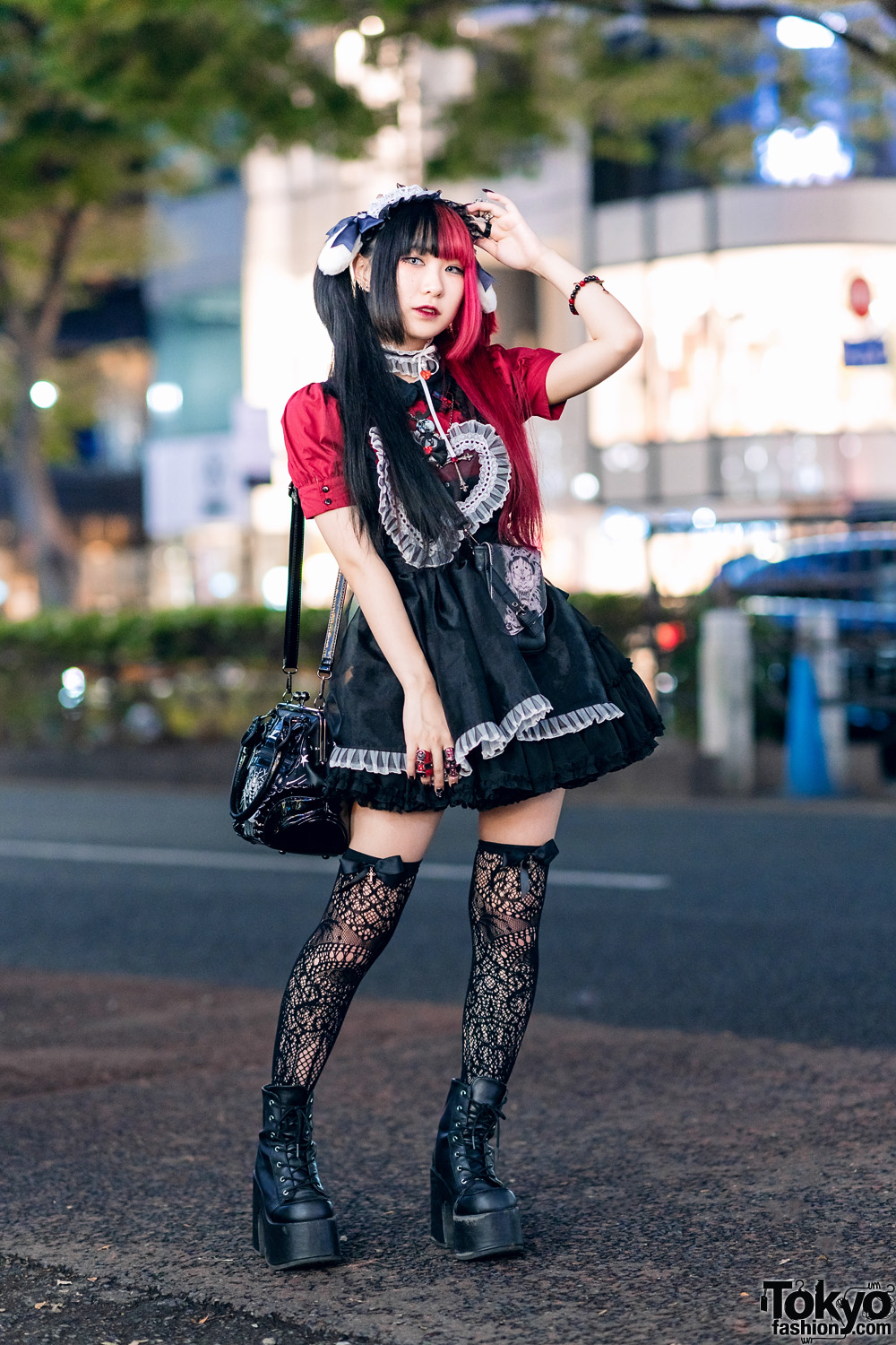 Japanese Goth Style Vs Gothic Lolita W Two Tone Twin