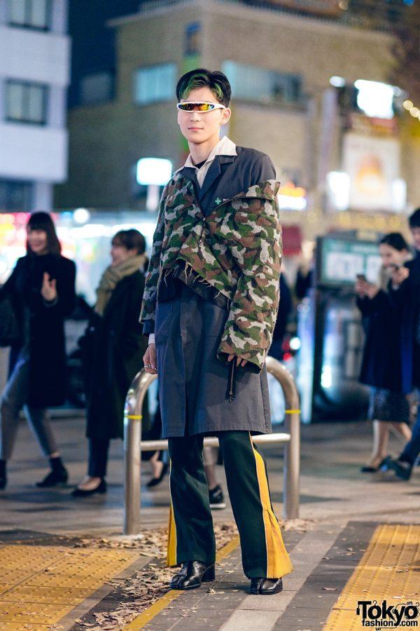 Japanese  Street Style w/ Futuristic Visor Sunglasses, Sulvam Coat, Layered Cropped Jackets, Flared Pants & Maison Margiela Tabi Boots