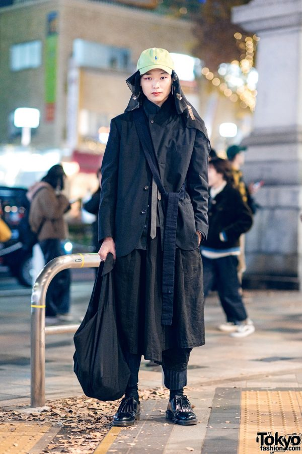 All Black Layered Street Style w/ Polo Cap, Headscarf, Comme des Garcons Homme, Issey Miyake, BLACK CDG, Dulcamara & Dr. Martens Fringe Shoes