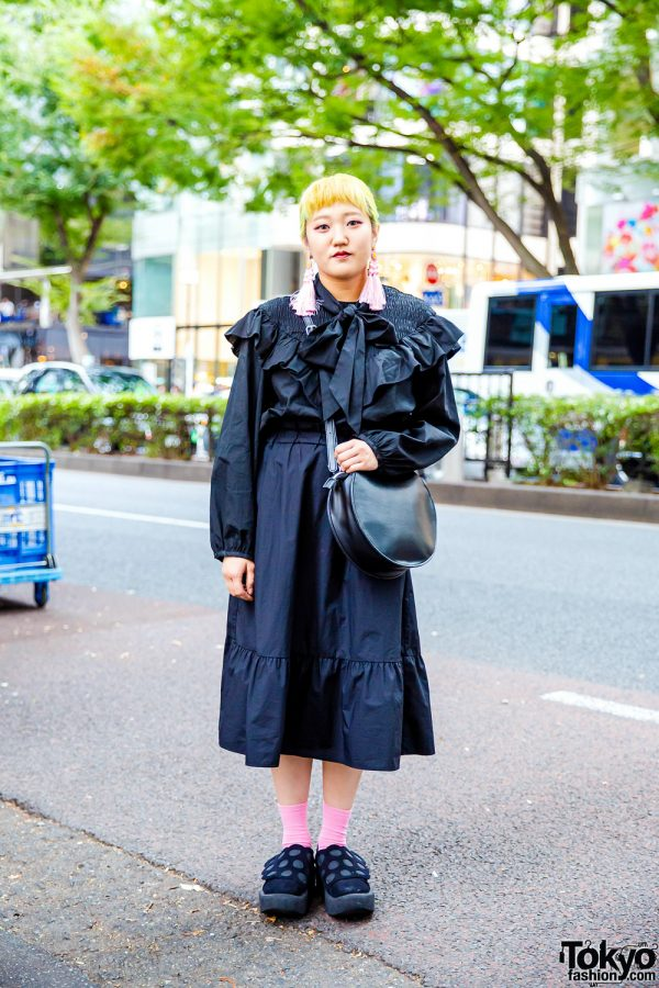 All Black Ruffles Style w/ Yellow Hair, H&M Tassel Earrings, Zara Blouse, Uniqlo Midi Skirt & Tokyo Bopper Cutout Shoes