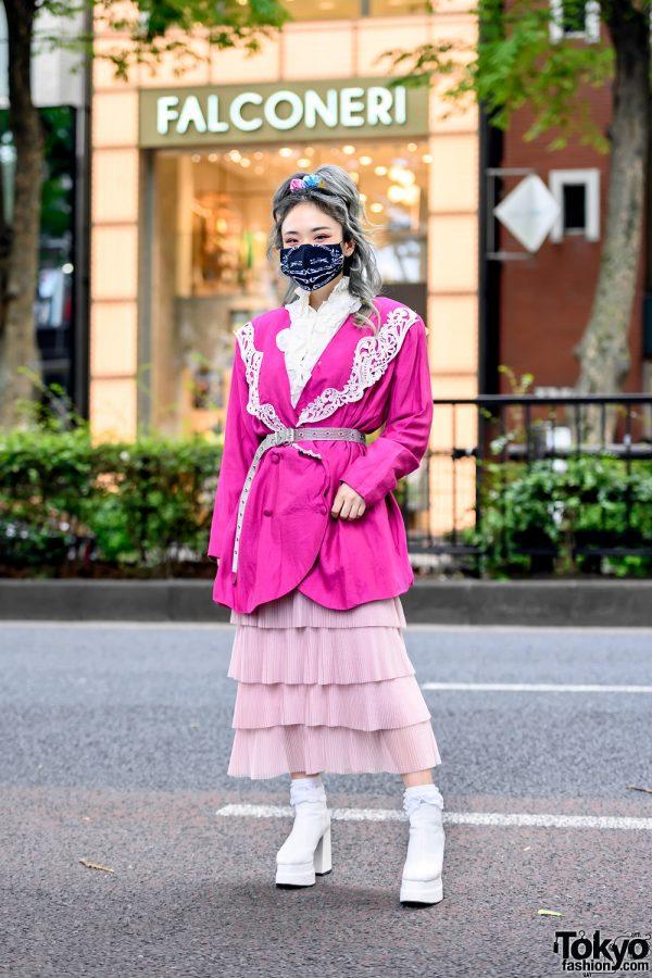 Pink Vintage Tokyo Street Style