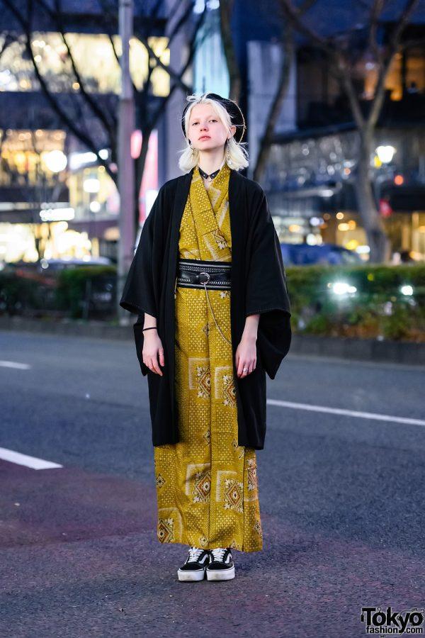 Harajuku Model Kimono Street Style w/ Beret, Kimono Jacket, Resale Gold Kimono & Vans Sneakers