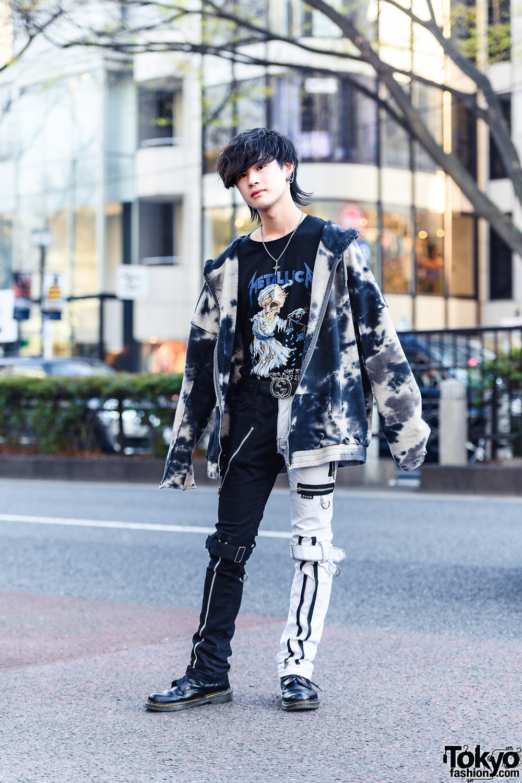 Monochrome Punk Streetwear in Tokyo w/ Shaggy Hairstyle, Gucci Belt, Faith Tokyo Hoodie Jacket, Metallica Shirt, Tripp NYC Strap Pants & Dr. Martens