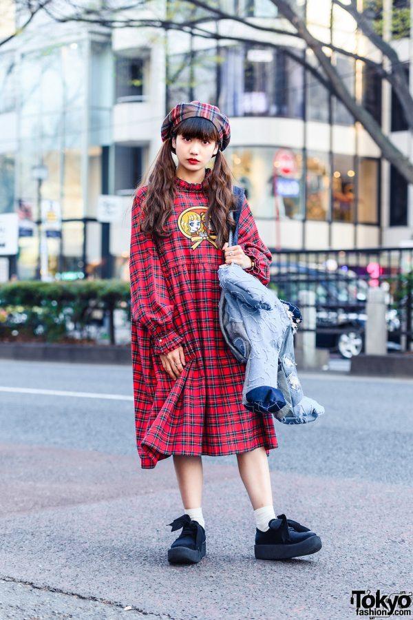 HEIHEI Shop Staff's Plaid Street Style w/ Twin Tails, Beret, Plaid Dress, Denim Patchwork Bear Bag & Tokyo Bopper Bow Shoes