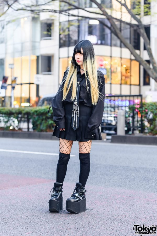 All Black Tokyo Streetwear w/ Two-Tone Hair, Noble Noire Tokyo Accessories, Skeleton Necktie, Pleated Skirt, Fishnets, Killstar Bag & Platform Boots