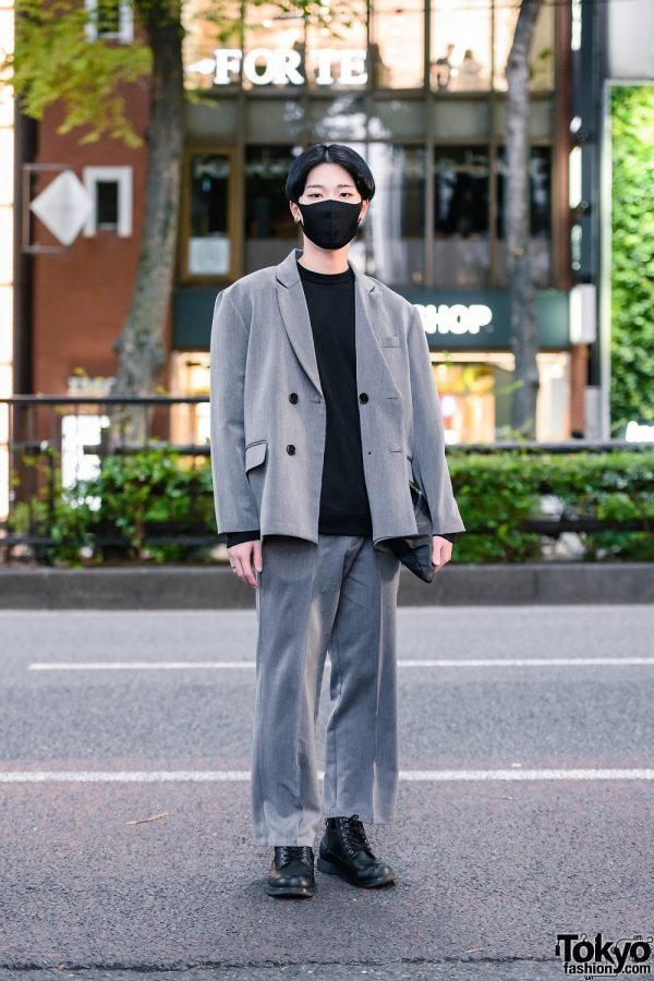 Harajuku Menswear Suit Style w/ Face Mask, Double-Breasted Blazer, Sweater, Clutch and Leather Boots