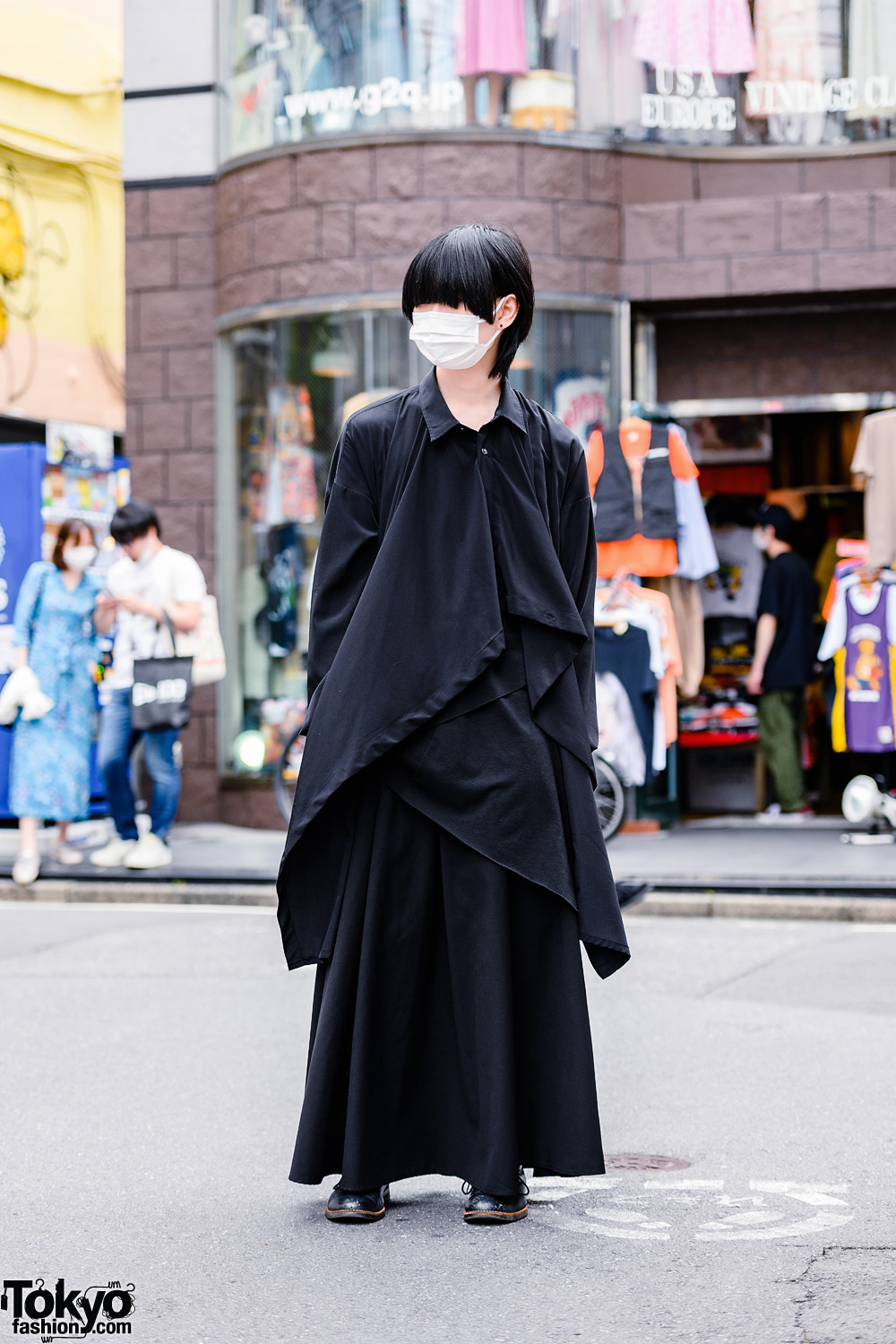 Monochrome Minimalist GGD Tokyo Street Style in Harajuku w/ Face Mask, Asymmetrical Top, Maxi Skirt & Foot Style Boots