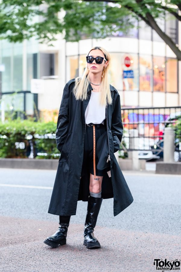 Anrealage Monochrome Street Style w/ Bleached Hair, Tortoiseshell Sunglasses, Long Coat, Pleated Shorts, Reversible Belt & Zara Knee Boots