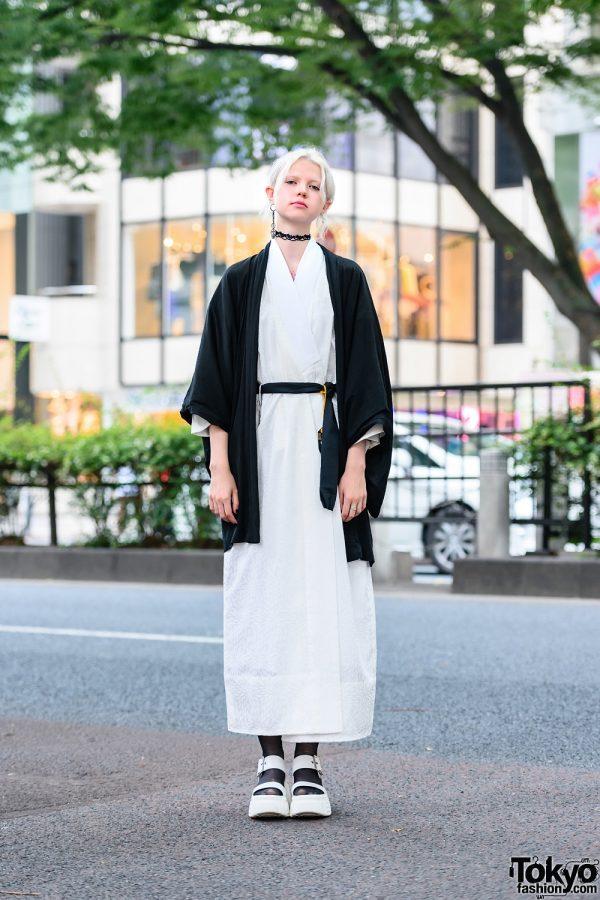 Tokyo Monochrome Kimono Street Style w/ Ash Blonde Bun, Mismatched Earrings, Tattoo Choker, Printed Kimono & Platform Sandals