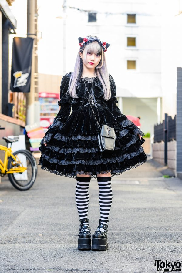 Japanese Pop Idol's Gothic Lolita Style w/ Cat Ears Headdress, Vivienne Westwood, Tiered Ruffle Dress, Kauai Accessories, Black Peace Now Coffin Bag & Yosuke Caged Platforms