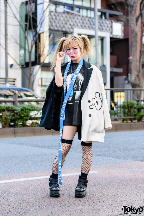 Kyoto Idol & Kawaii Monster Girl's Monochrome Street Style w/ Twin Tails, Medallion Earrings, Virus Shut Out Necklace, Type Beat, Charms x Kappa Coat, Upborn & Yosuke