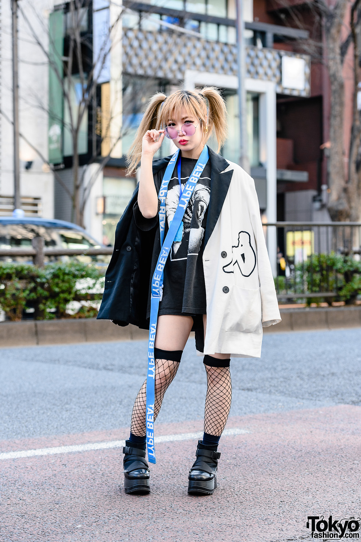 Kyoto Idol & Kawaii Monster Girl's Monochrome Street Style w/ Twin Tails, Medallion Earrings, Virus Shut Out Necklace, Type Beat, Charms x Kappa Coat, Upborn & Yosuke