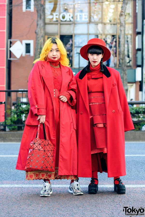 All Red Tokyo Street Styles w/ Wide Brim Hat, Comme des Garcons, Paul Smith, Issey Miyake Bao Bao, Tokyo Bopper, Vintage & Handmade Fashion