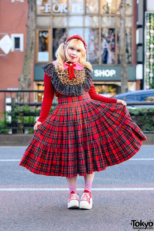 Red Harajuku Style w/ Bow Headband, Ribbed Sweater, HEIHEI Detached Collar, Tiered Plaid Skirt & Tokyo Bopper Sneakers