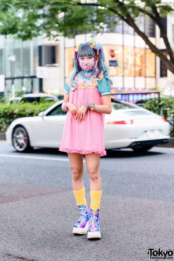 6%DOKIDOKI Kawaii Pastel Harajuku Street Style w/ Rainbow Twin Tails, Kawaii Face Mask, Hair Bows, Ruffle Dress, Glem & Demonia Metallic Boots