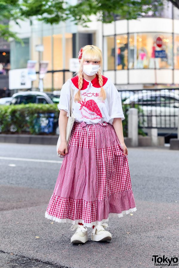 Harajuku Girl Gingham Style w/ Decotoland Shirt, Amatunal Gingham Skirt, Tokyo Bopper Sneakers and Aymmy In The Batty Girls Canvas Tote