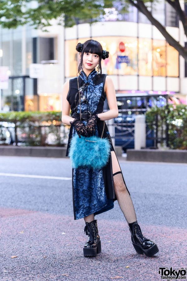 Harajuku Style w/ Twin Buns, Qutie Frash Dress, Kobinai Bag, Platform Boots & Lace Gloves
