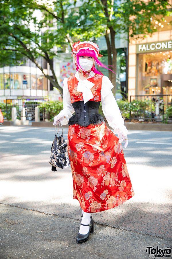 Tokyo Girl Corset Dress Street Style w/ Pink Hair, Red Print Dress, Abilletage Corset, Spinns Blouse, Yumetenbo Mary Jane Shoes, Yubi Ga Ippon Silk Bag & Decotoland Head Dress