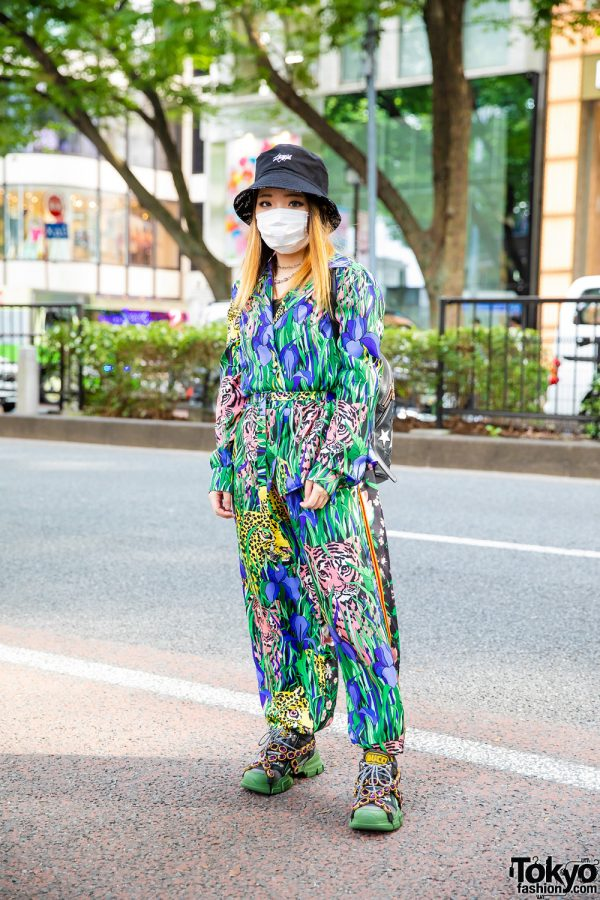 Tokyo Gucci Streetwear Style w/ Thuglife Reversible Bucket Hat, Barbed Wire Necklace, Feline Garden Print Suit, Moschino Backpack & Gucci Flashtrek Jewel Sneakers