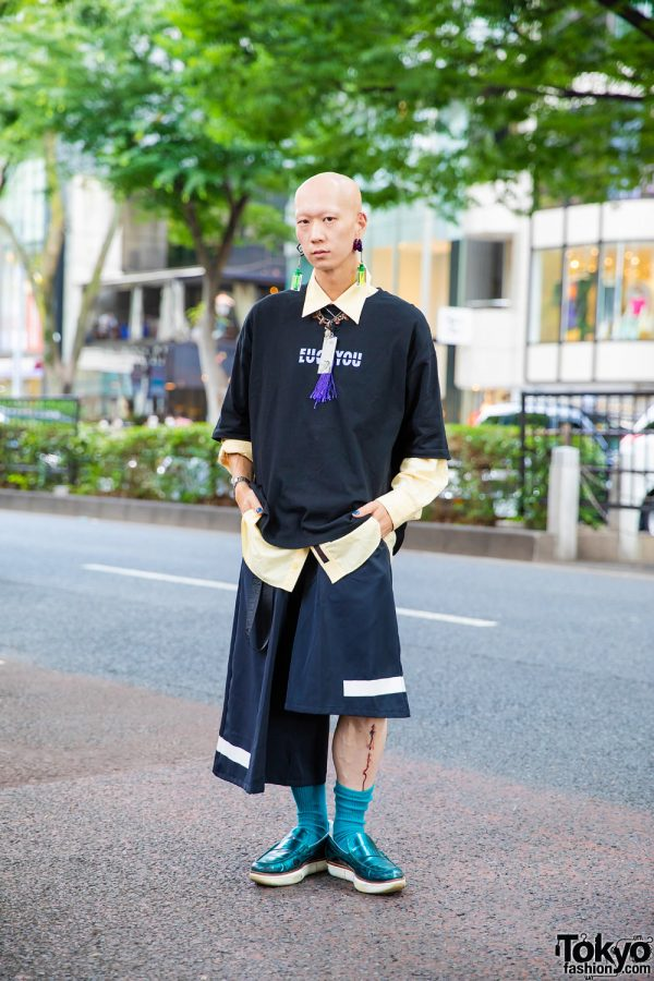 Harajuku Streetwear Style w/ Industrial Piercing, Bull Horn Earrings, Nikolangeloz V:T Shirt, Wide Leg Half Pants, Kenzo, Handmade Earrings & Y-3 Metallic Loafers
