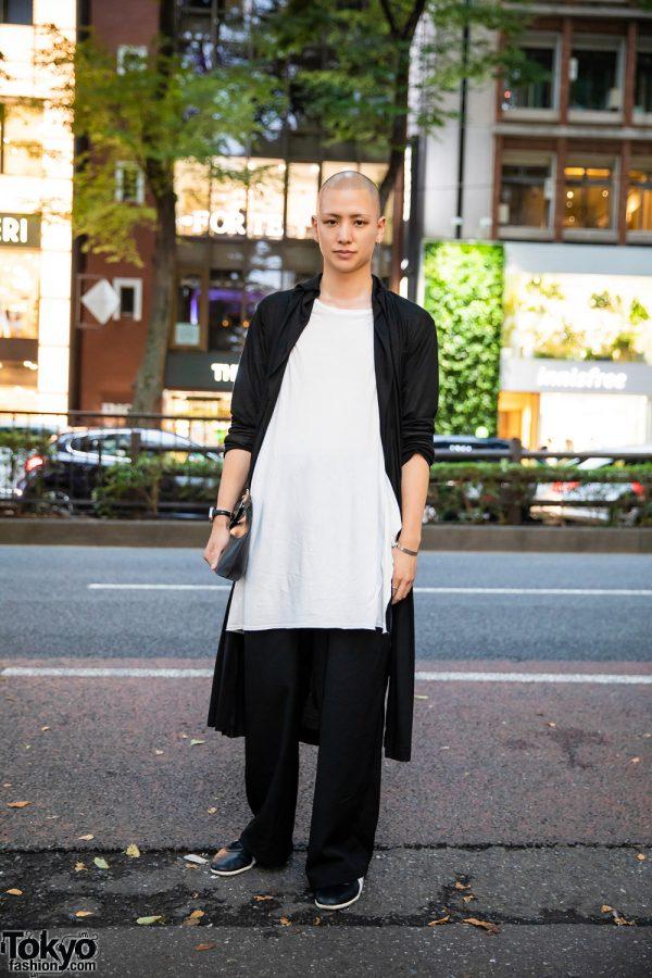 Yohji Yamamoto Pour Homme Monochrome Menswear Style w/ Shaved Head, Long Cardigan, Minimalist Jewelry, Loewe Leather Clutch & Onitsuka Tiger Sneakers