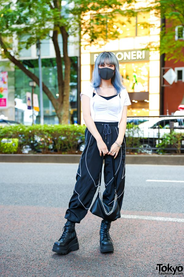 Ombre Blue Hair & Monochrome Fashion in Tokyo w/ H&M Layered Tops, Forever21 Parachute Pants, Bershka Sling Bag, Demonia Platforms & Never Mind the XU Accessories