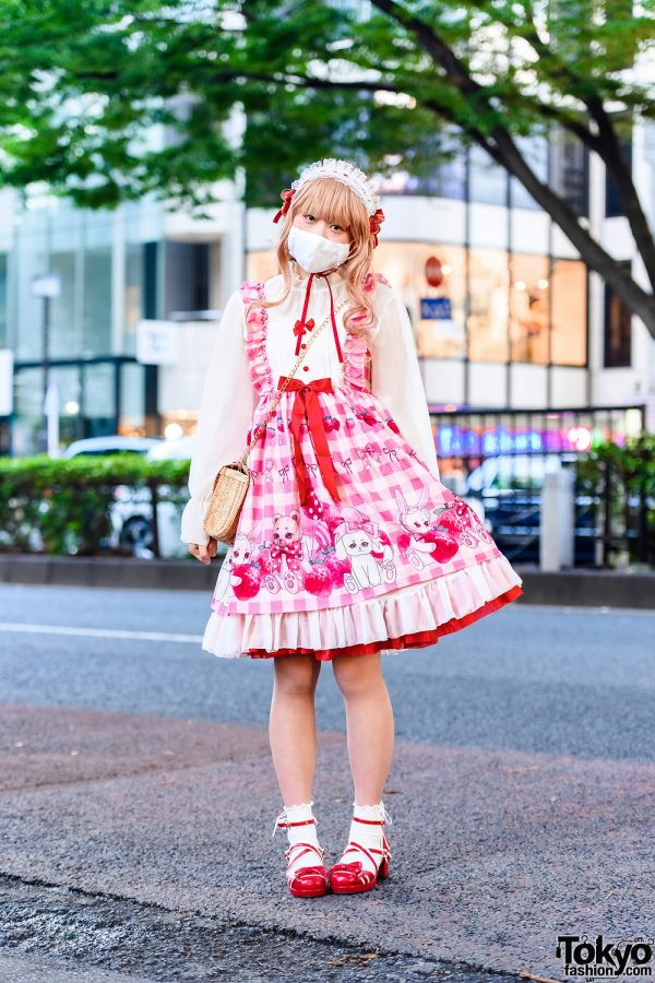 Strawberry Lolita Street Fashion in Tokyo w/ Pleated Lace Headdress, Ruffled Face Mask, Bodyline Lolita Dress, Wicker Sling Bag & Bodyline Crisscross Baby Doll Shoes